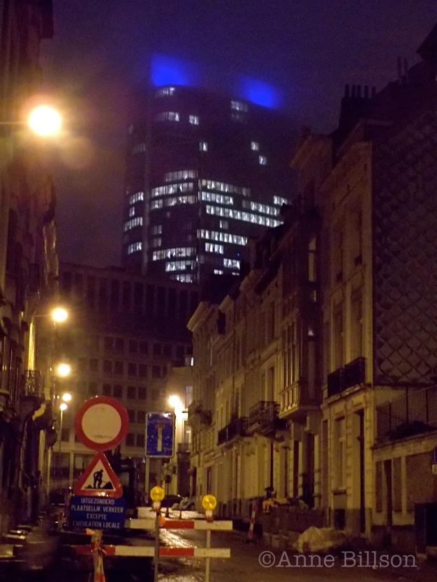Mistige avond: Voorlopig Bewindstraat, Brussel.