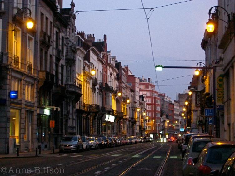 Zomeravond: Charleroise Steenweg, Sint-Gillis.