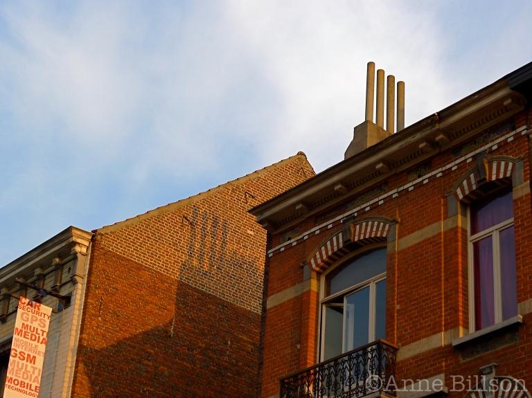 Schoorsteen schaduw: Amerikaanse Straat, Elsene.