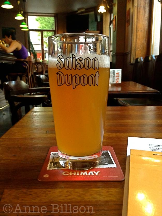 Saison Dupont, 6.5%: Bistro des Restos, Edelknaapstraat 39, Elsene.