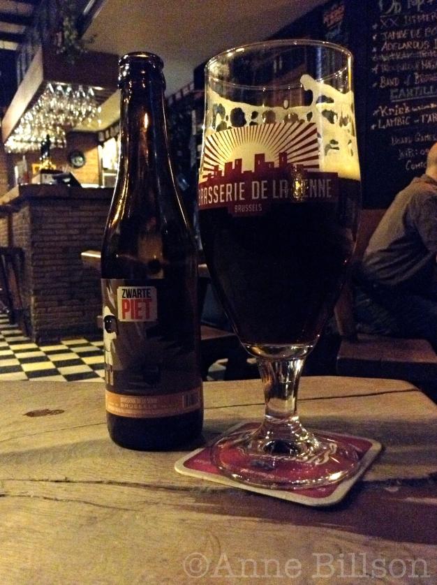 Zwarte Piet 8.2%: Moeder Lambic, Savoiestraat 68, Sint-Gillis.