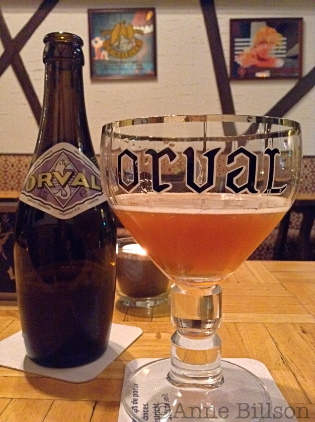 Orval 6.2%: Le Prétexte, Overwinningsstraat 225, Sint-Gillis.