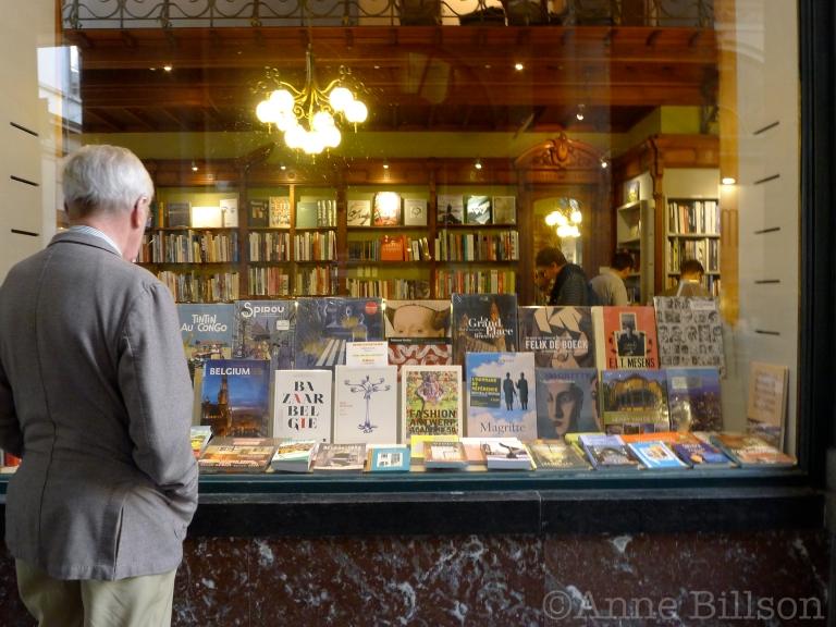 Librairie des Galeries: Konings Galerij 2, Brussel.