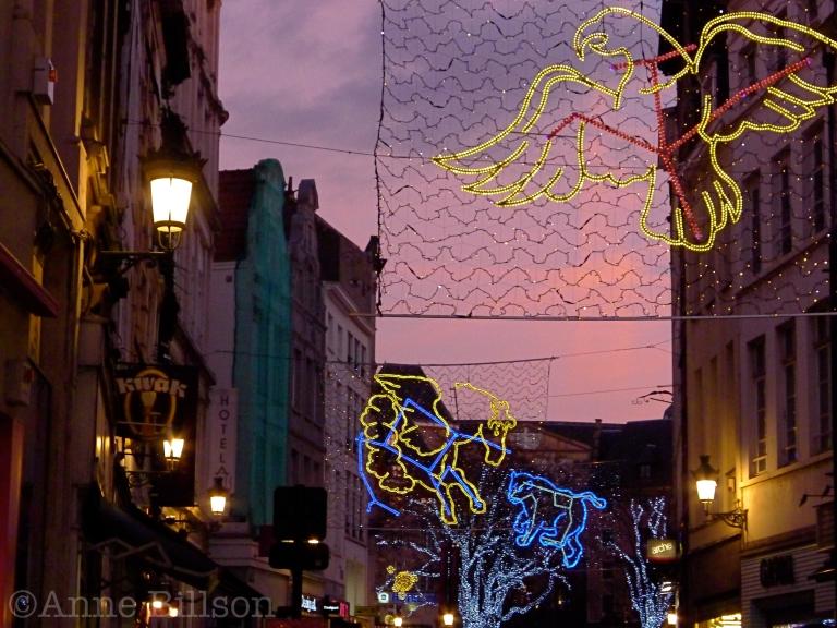 Kerstverlichting: Grasmarkt, Brussel.