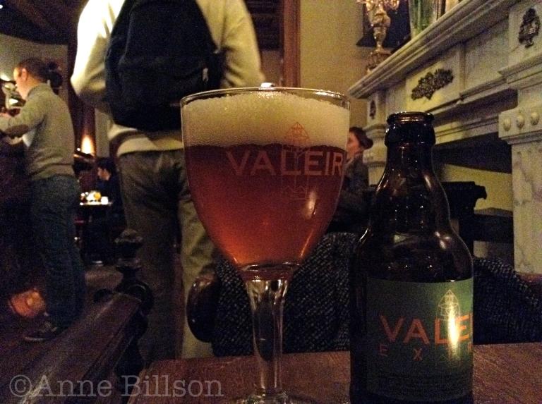 Valeir Extra, 6.5%: La Belladone, Morisstraat 17A, Sint-Gillis.