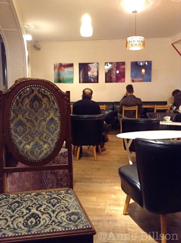 Exki stoel: Exki, Elsenstraat 12, Elsene.