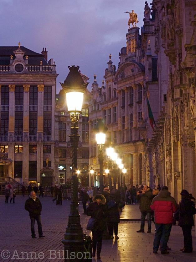 Grote Markt met lampen: Brussel.