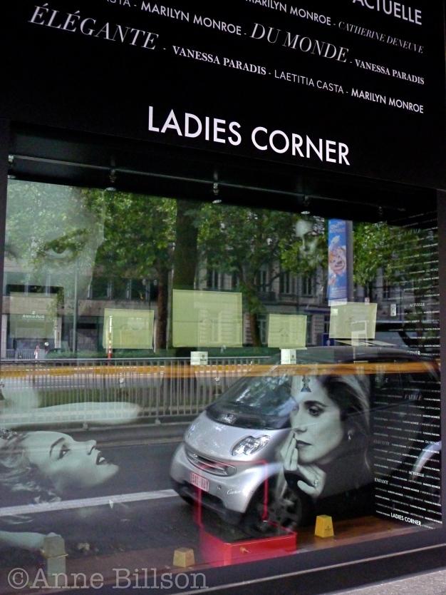 Ladies corner: Louizalaan, Elsene.