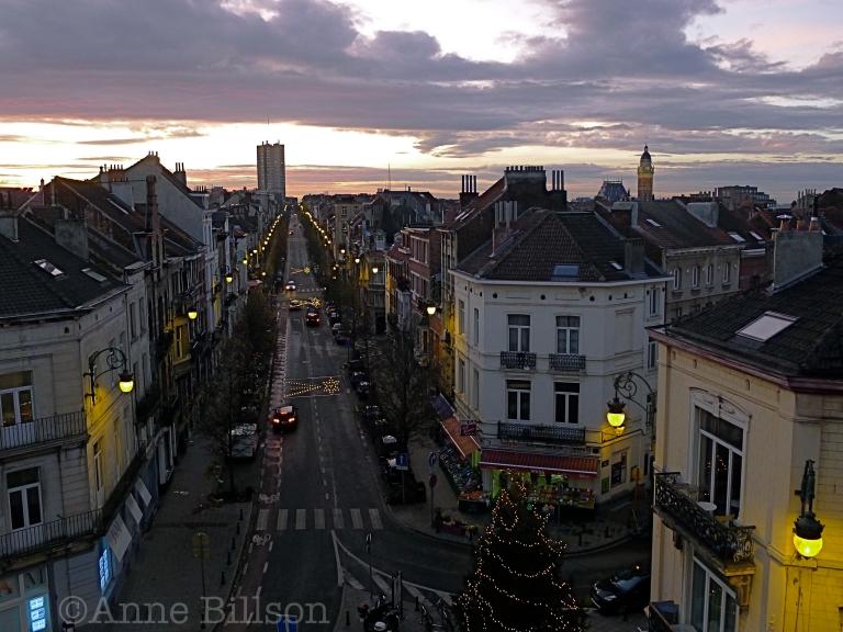 Zonsondergang met kerstboom: Sint-Gillis.