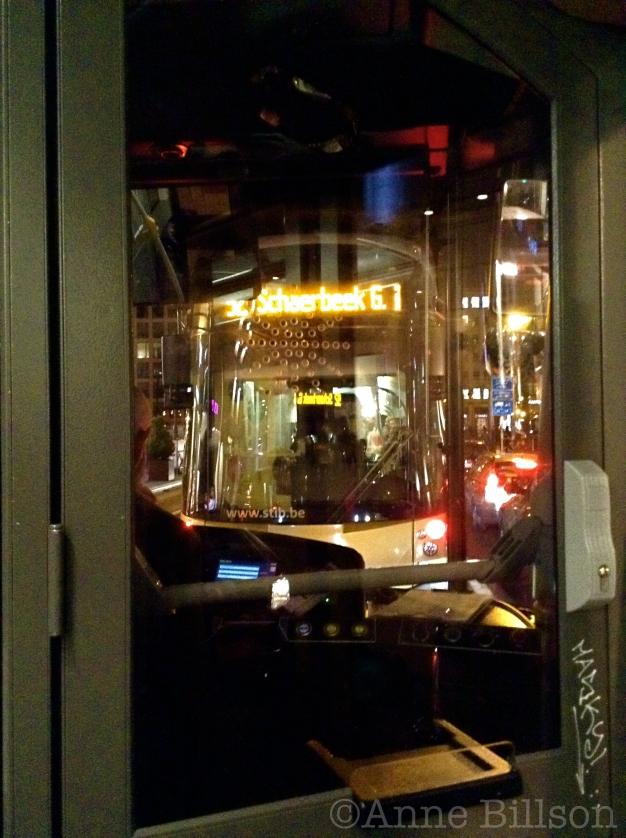De tram aan de voorkant: Sint-Gillis.