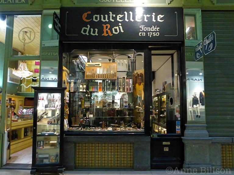 Coutellerie du Roi: Noorddoorgang 27, Brussel.