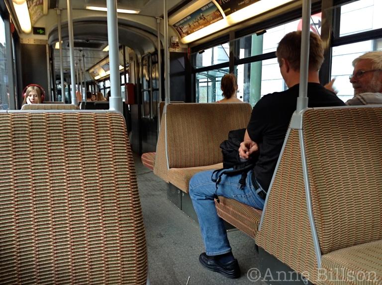 Koptelefoon: tramlijn 92, Sint-Gillis.