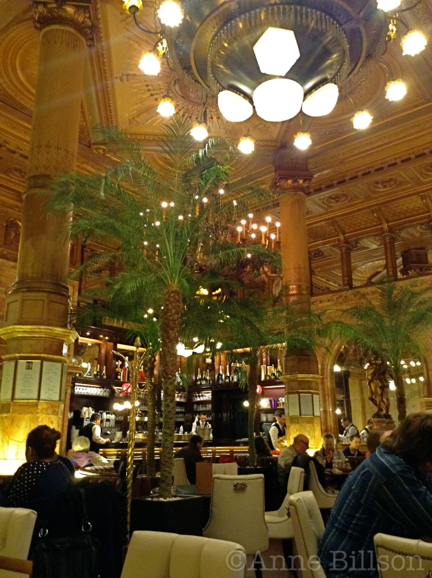 Noir de Dottignies, 9%: Café Métropole, De Brouckèreplein 31, Brussel.