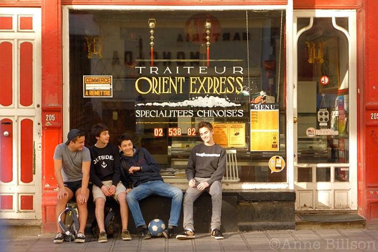 Orient express: Charleroise Steenweg, Sint-Gillis.