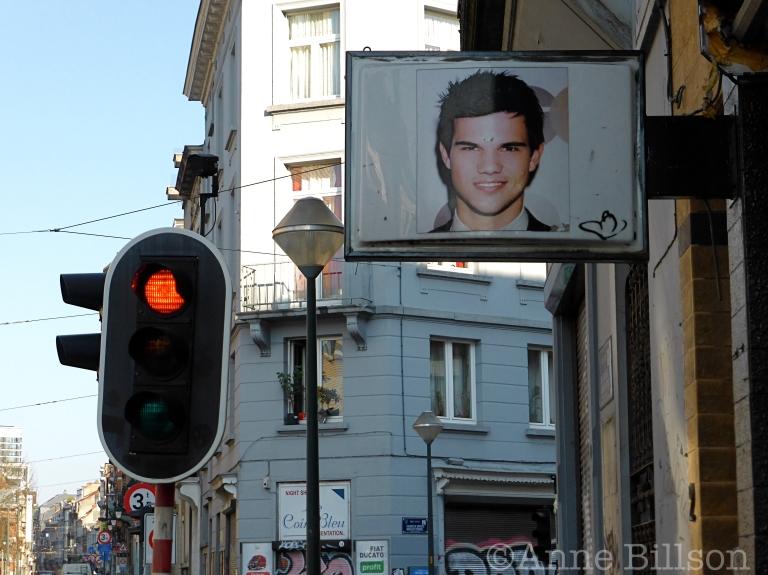 Taylor Lautner: Antoine Bréartstraat, Sint-Gillis.