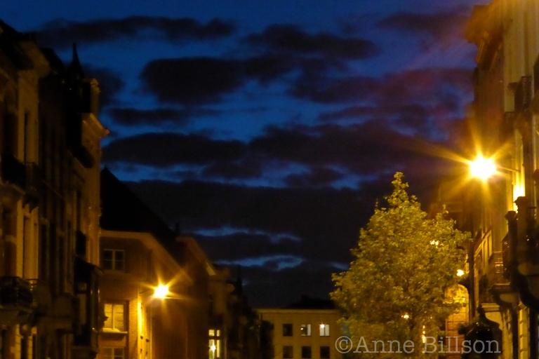 Amerikaanse Straat bij nacht: Sint-Gillis.