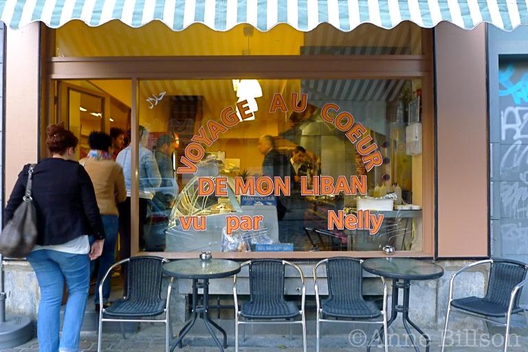 Voyage au Coeur de Mon Liban: Drievuldigheidsvoorplein, Elsene.