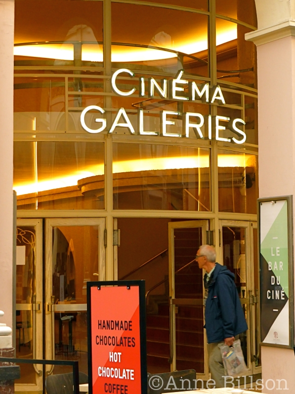 galeriesext01 copy