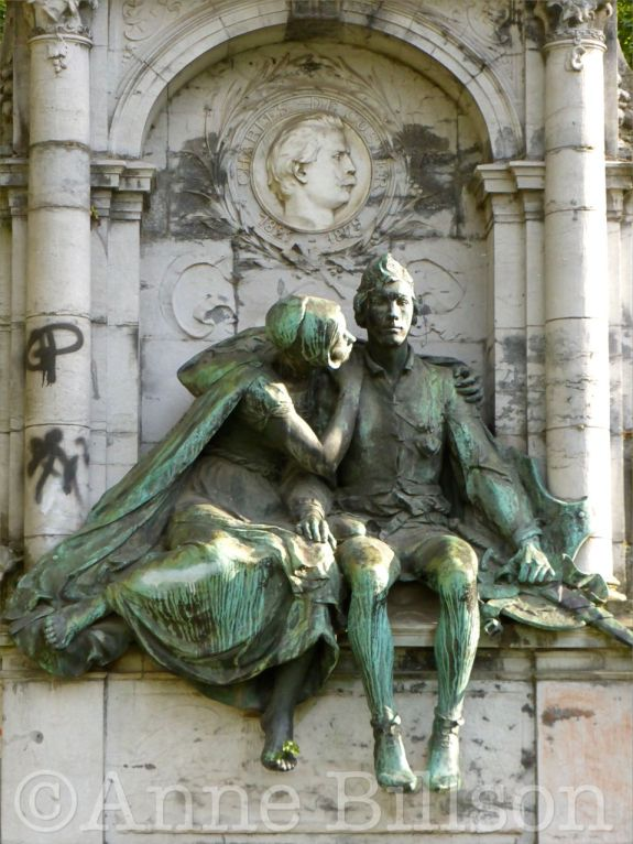 Monument voor Charles De Coster: Eugene Flageyplein, Elsene.