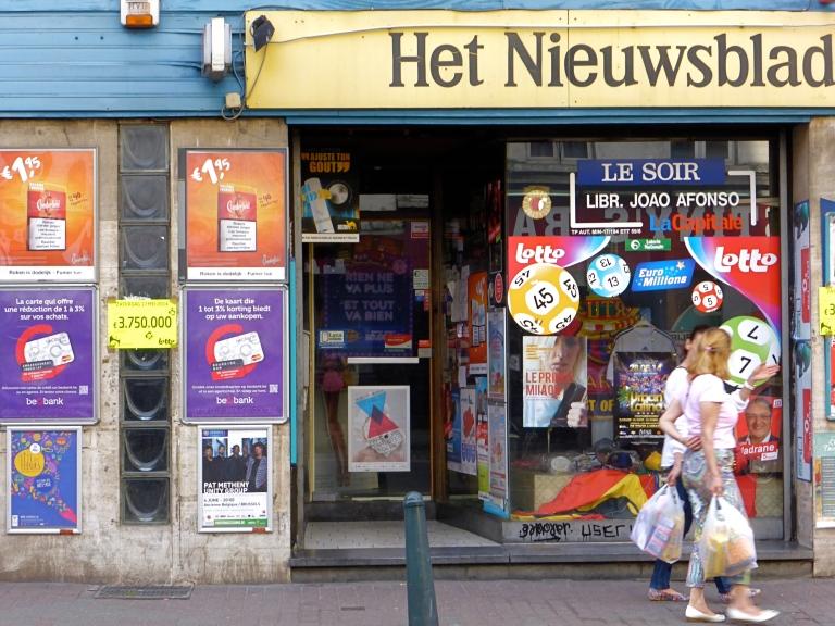 Het nieuwsblad: Waterloosesteenweg, Sint-Gillis.