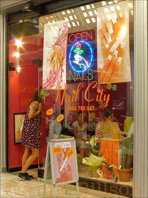 Nail city: Centrumgalerij, Kleerkopersstraat, Brussel.