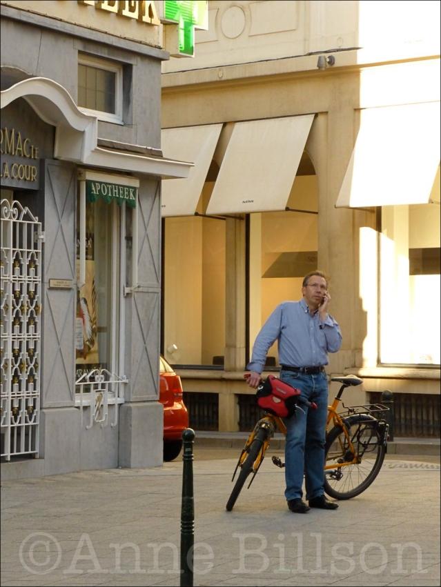 Apotheek fiets, Namurstraat, Brussel.