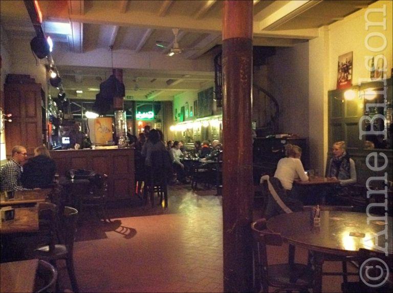 Café Kafka: