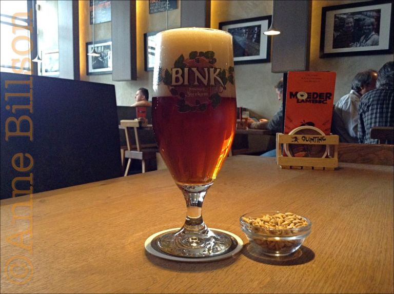 Bink Bloesem, 7.1%: Moeder Lambic Fontainas, Fontainasplein 8, Brussel.