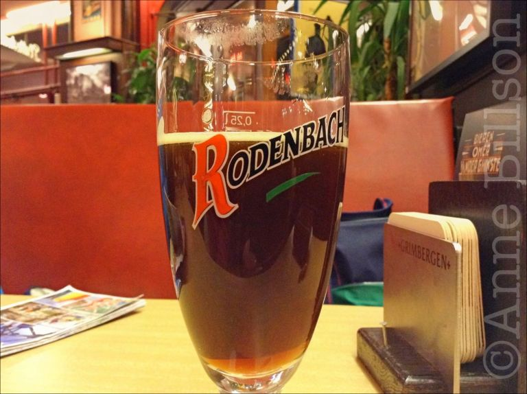 Rodenbach, 5.2%: Le Plattesteen, Kolenmarkt 41, Brussel.