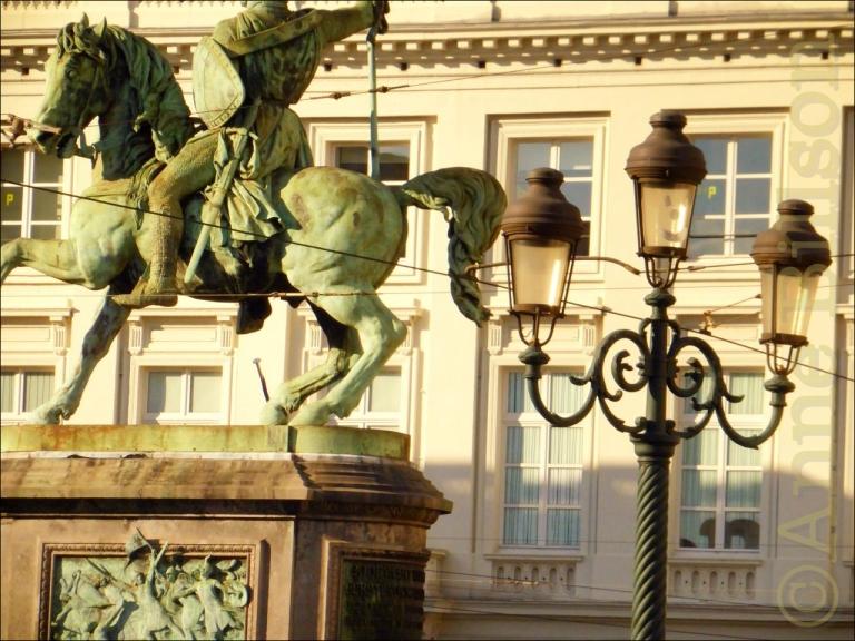 Godfried van Bouillon: Koningsplein, Brussel.