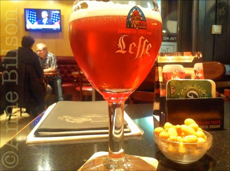 Leffe Ruby, 5% (jasses!): News-Café, Jourdanstraat 22, Sint-Gillis.