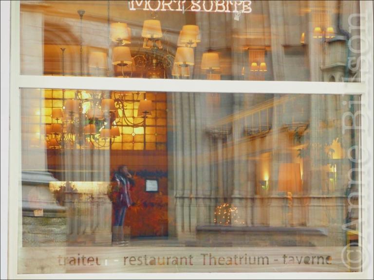 Theatrium: Onder-Den-Toren, Mechelen.