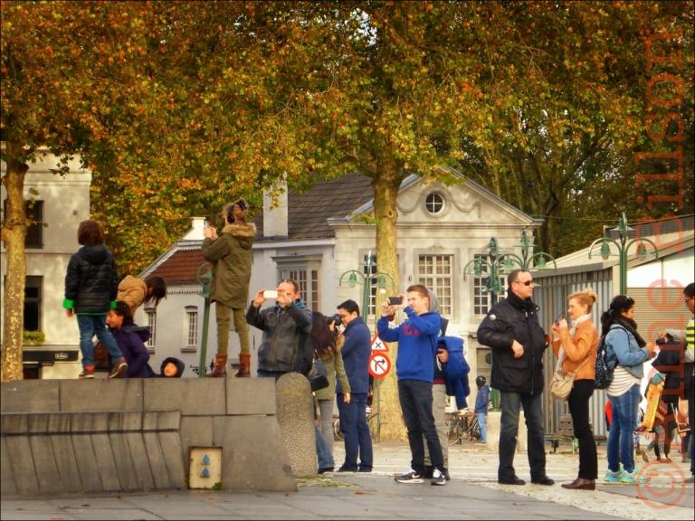 Het nemen van foto's: 't Zand, Brugge.