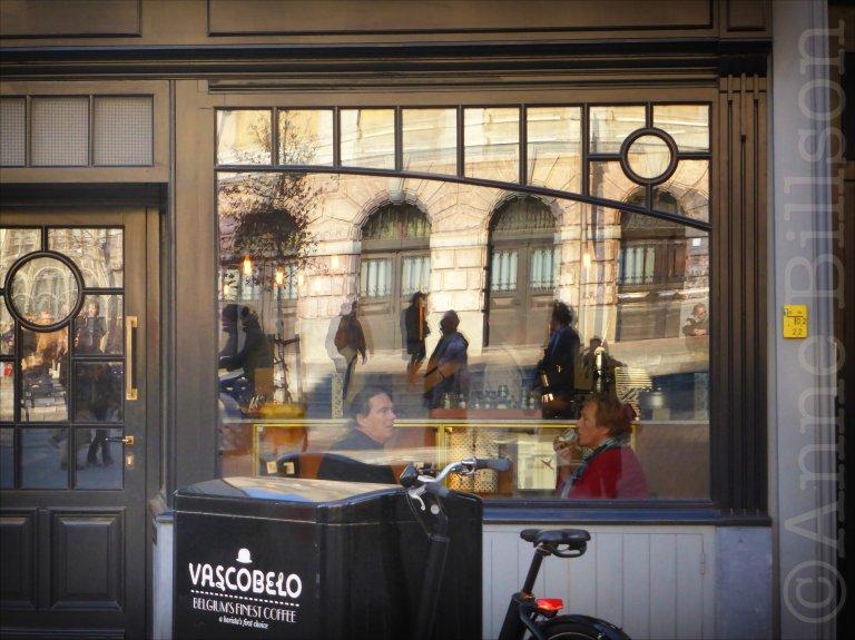 Belgium's finest coffee: V-Bar, Suikerrui, Antwerpen.