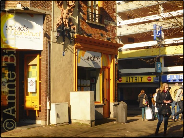 Uirit: Sint-Jacobsmarkt, Antwerpen.