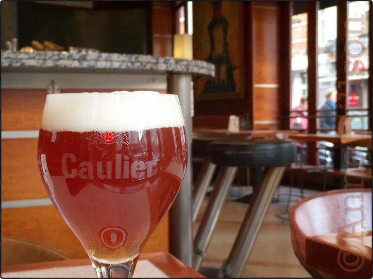 Caulier 28: Le Bar, Amerikaansestraat