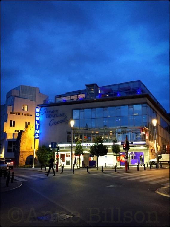 Super bowling: Keizerslaan, Brussel.