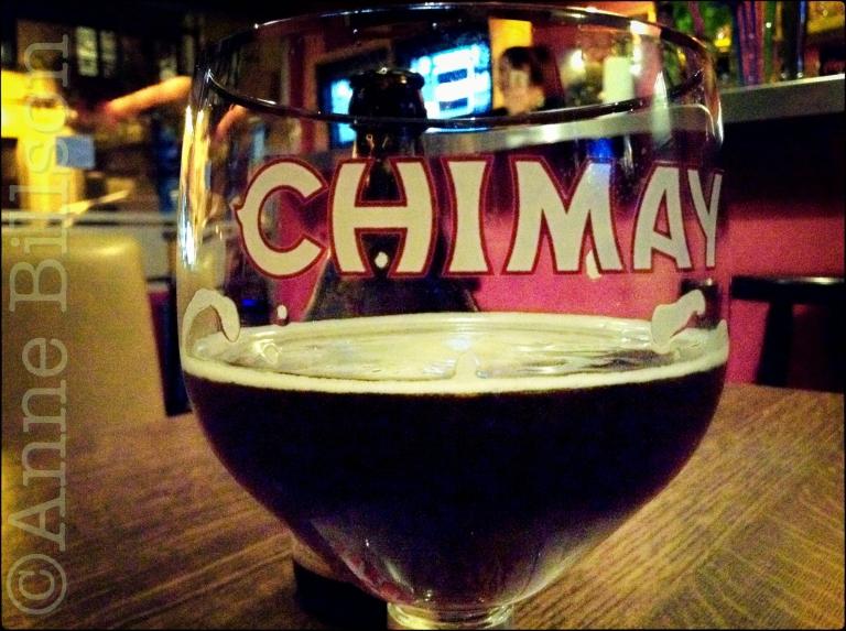 Chimay Bleue, 9%: Café Couleurs, Overwinningsstraat, Sint-Gillis.