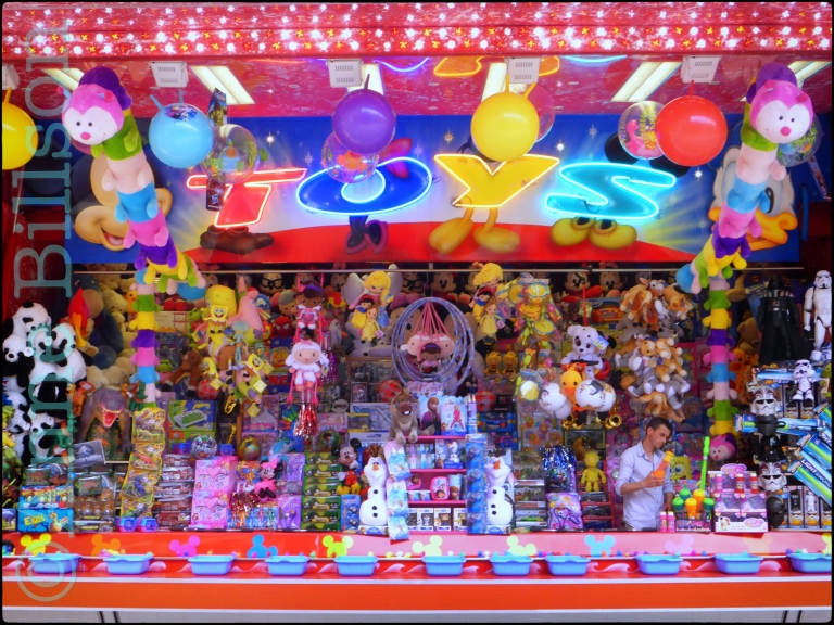 Toys: De kermis van Namen, Rue des Bourgeois, Namen.