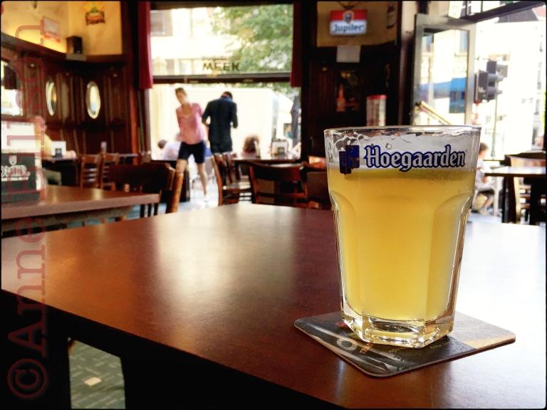 Hoegaarden witbier (4.9%): Au Laboureur, Vlaamsesteenweg 108, Brussel.
