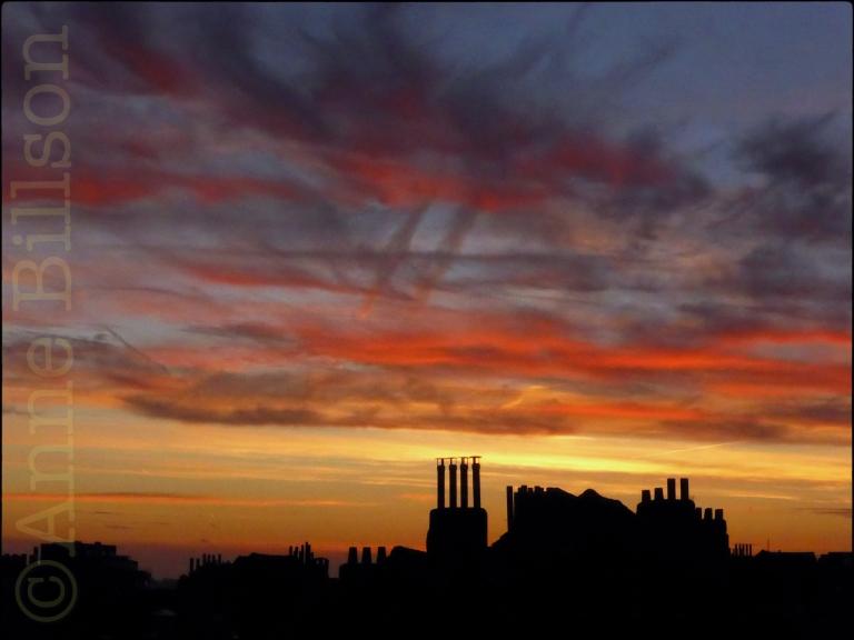 Kleurrijke zonsondergang: Sint-Gillis.