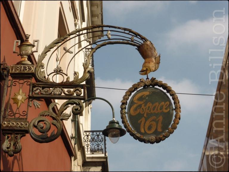 Espace 161: Hoogstraat, Brussel.