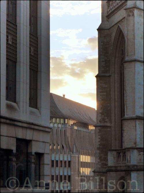 Buiten de kathedraal: Treurenberg, Brussel.