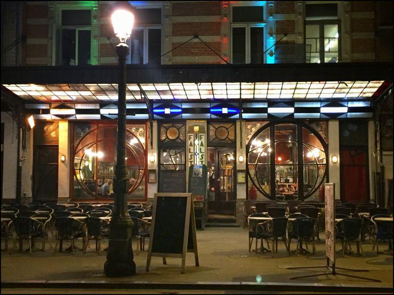 Le Falstaff: Henri Mausstraat, Brussel.