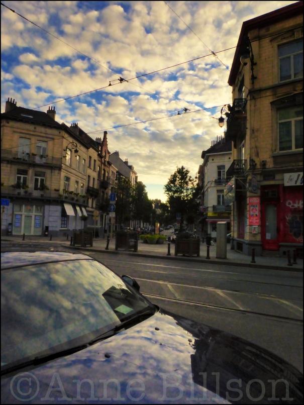 Bespikkeld: Charleroise Steenweg, Sint-Gillis.