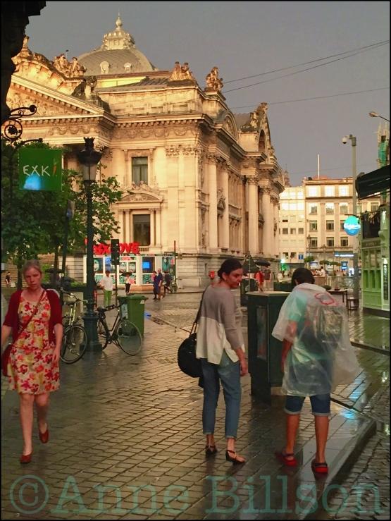 Na de regen: Beursplein, Brussel.