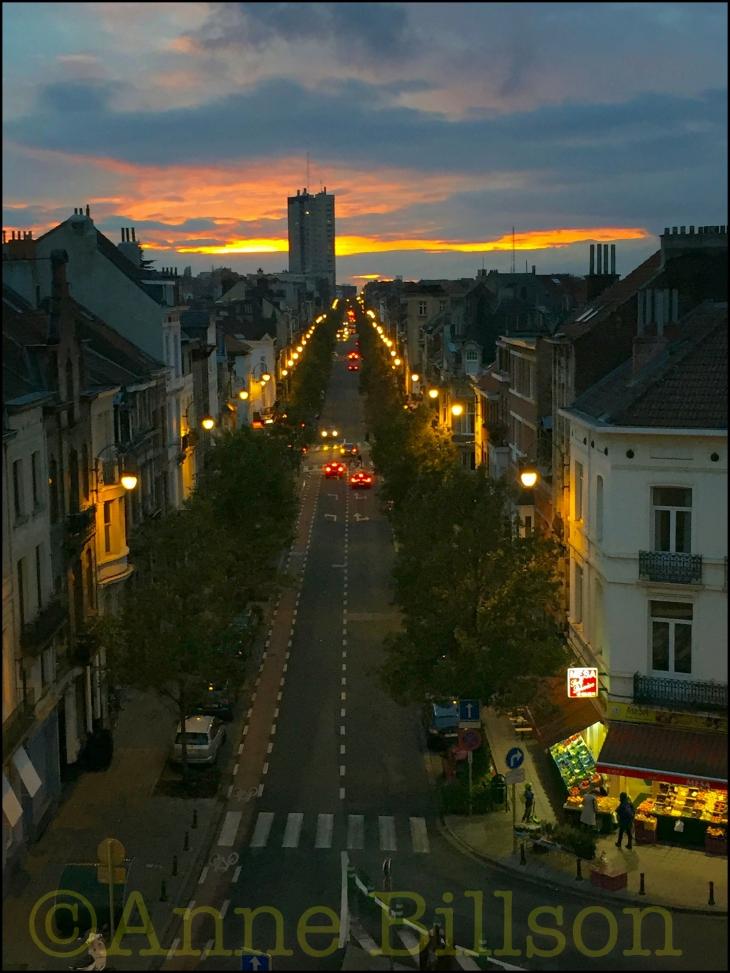 Self-service zonsondergang: Ducpétiauxlaan, Sint-Gillis.